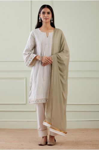 Striped Wide Arm Kurta With Pant And Dupatta(Set Of 3)