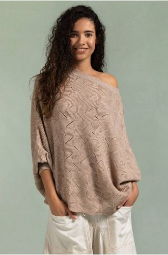 Ephemeral Entangle Poncho