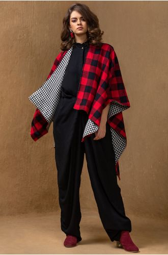 Reversible Checkered Cape
